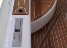 montaggio-teak-con-metodo-sottovuoto-linea-stem-nautica-57