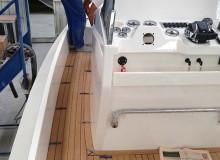 montaggio-teak-con-metodo-sottovuoto-linea-stem-nautica-58