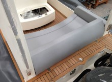 montaggio-teak-con-metodo-sottovuoto-linea-stem-nautica-61